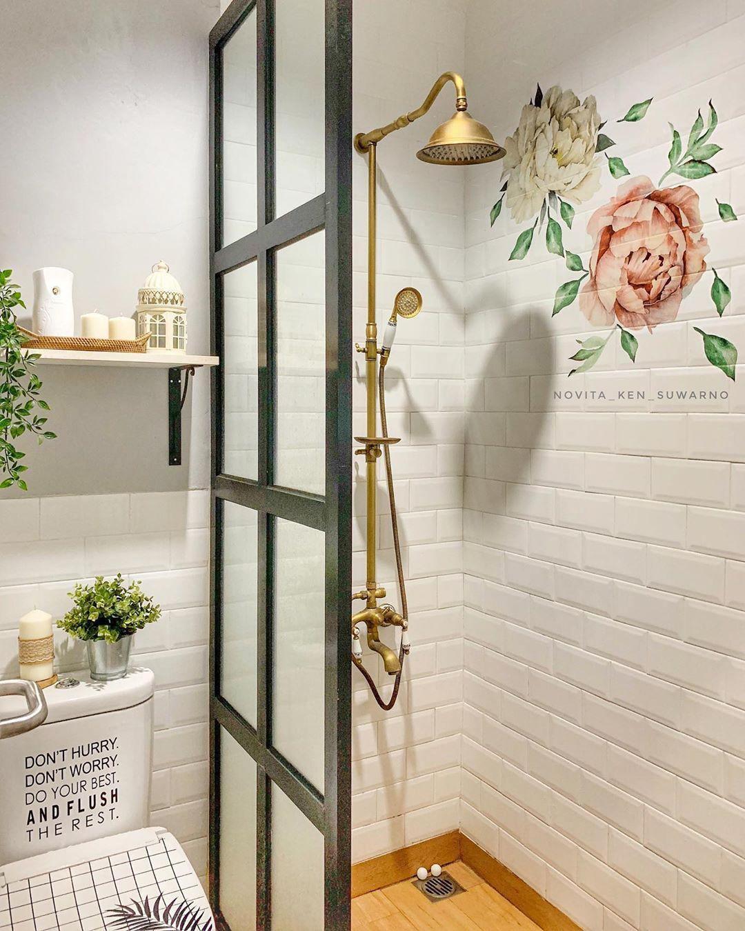 Inspirasi Desain Kamar Mandi: Desain Interior Kamar Mandi Minimalis Dengan Nordic Style